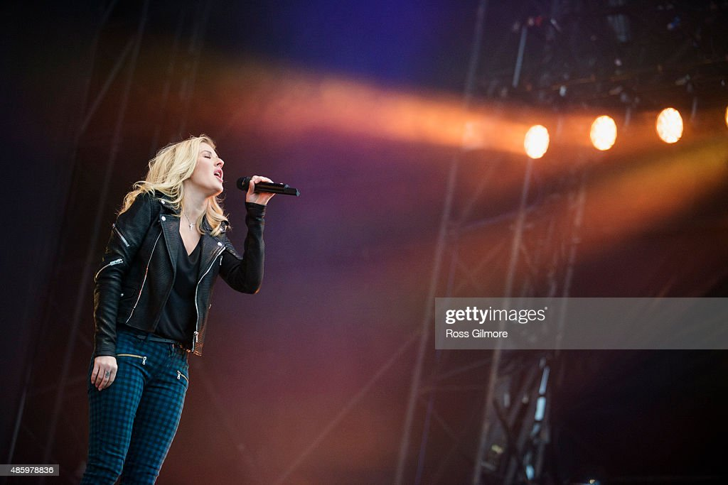 Ellie Goulding performs at the Glasgow Summer Sessions at Bellahouston Park on August 30, 2015 in Glasgow, Scotland.
