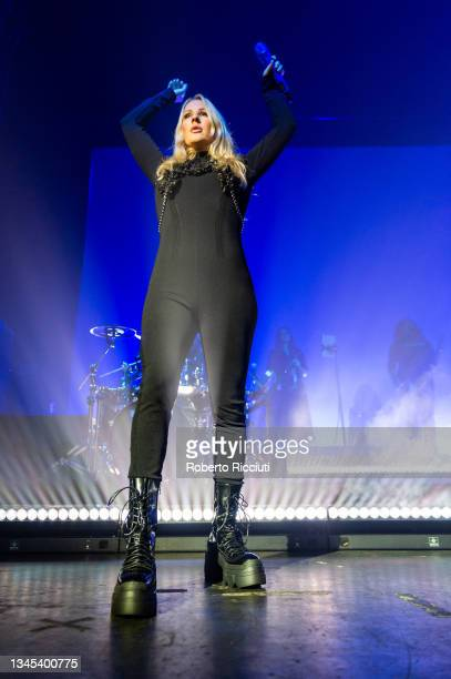 Ellie Goulding performs on stage at O2 Academy Glasgow on October 07, 2021 in Glasgow, Scotland.