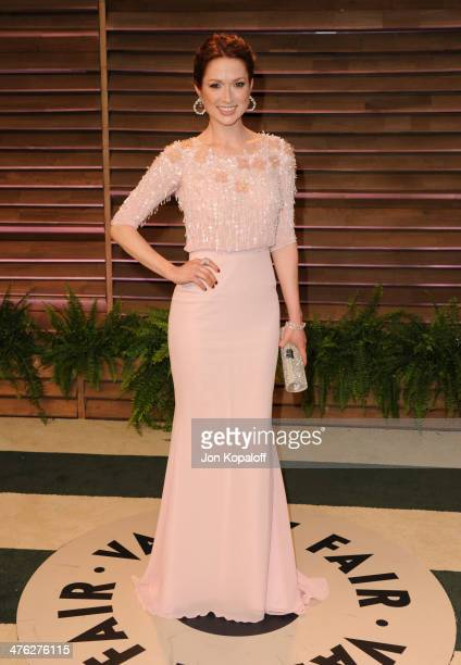 Ellie Kemper attends the 2014 Vanity Fair Oscar Party hosted by Graydon Carter on March 2, 2014 in West Hollywood, California.