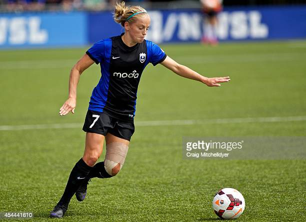 Ellie Reed of Seattle Reign FC passes the ball in the first half of the National Women's Soccer League Championship on August 31 2014 at Starfire...