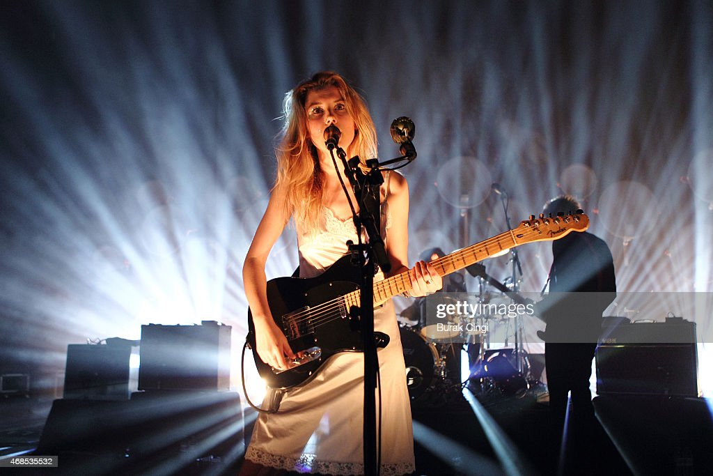 Ellie Rowsell of Wolf Alice performs on stage at O2 Shepherd's Bush Empire on April 3, 2015 in London, United Kingdom.