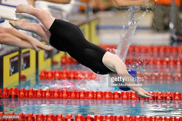 Ellie Simmonds of Great Britain competes in the Women's 100m Freestyle Final S6 during day five of the IPC Swimming European Championships held at...