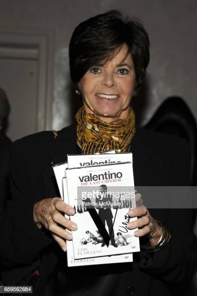 Ellin Saltzman attends Gwyneth Paltrow and VBH's Bruce Hoeksema Host Cocktail Party for Valentino The Last Emperor at VBH on October 27 2009 in New...