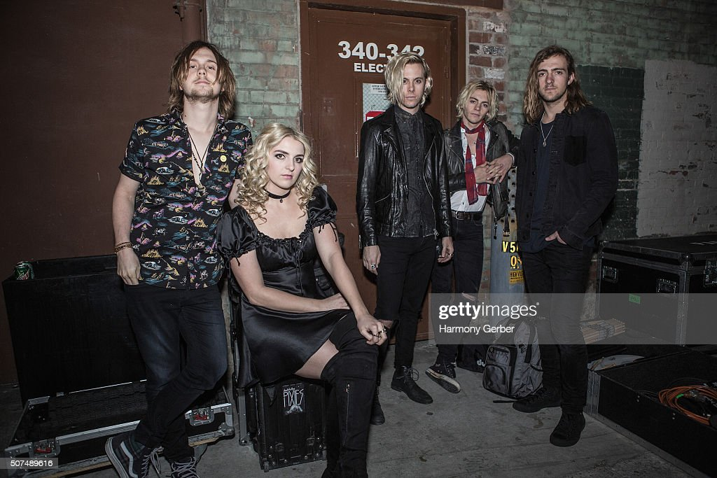R5 Performs At The Fox Theater