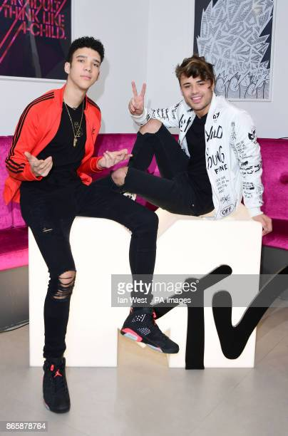 Elliot Crawford and Casey Johnson from new MTV show Single AF join a live facebook chat hosted by Becca Dudley at the MTV studios London