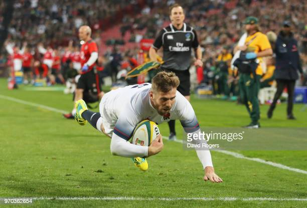 Elliot Daly of England scores their second try during the first test between and South Africa and England at Ellis Park on June 9 2018 in...