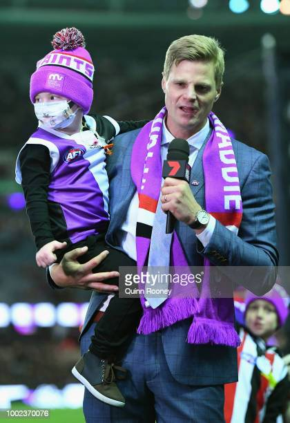 Jack Riewoldt of the Tigers marks during the round 18 AFL match between the St Kilda Saints and the Richmond Tigers at Etihad Stadium on July 20 2018...