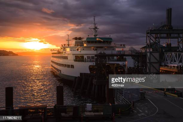 elliott bay sunset - bainbridge island stock pictures, royalty-free photos & images