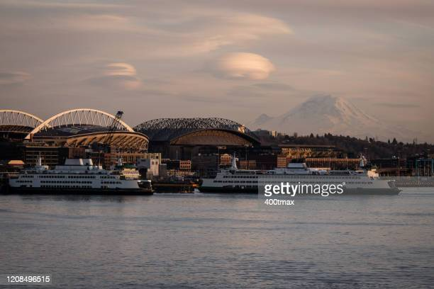 elliott bay sunset - north pacific stock pictures, royalty-free photos & images