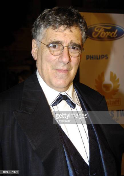 Elliott Gould during Ocean's Twelve Los Angeles Premiere Arrivals at Grauman's Chineese Theater in Los Angeles California United States