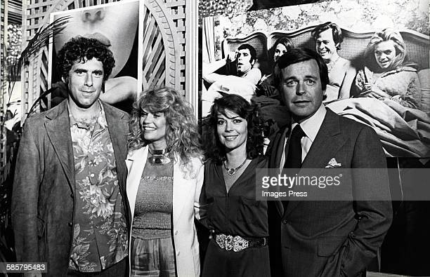 Elliott Gould Dyan Cannon Natalie Wood and Robert Wagner circa 1980 in Los Angeles California