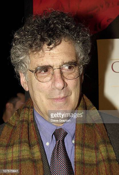 Elliott Gould poses for photographers at The Los Angeles premiere of Gosford Park at the Academy of Motion Pictures Arts Sciences in Beverly Hills...