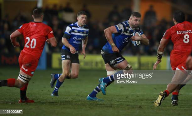 Elliott Stooke of Bath charges upfield during the Gallagher Premiership Rugby match between Bath Rugby and Saracens at the Recreation Ground on...