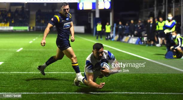 Elliott Stooke, of Bath dives and scores a try during the Gallagher Premiership Rugby match between Worcester Warriors and Bath at Sixways Stadium on...