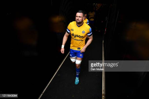 Elliott Stooke of Bath makes his way out of the tunnel prior to the Gallagher Premiership Rugby match between Exeter Chiefs and Bath Rugby at on...