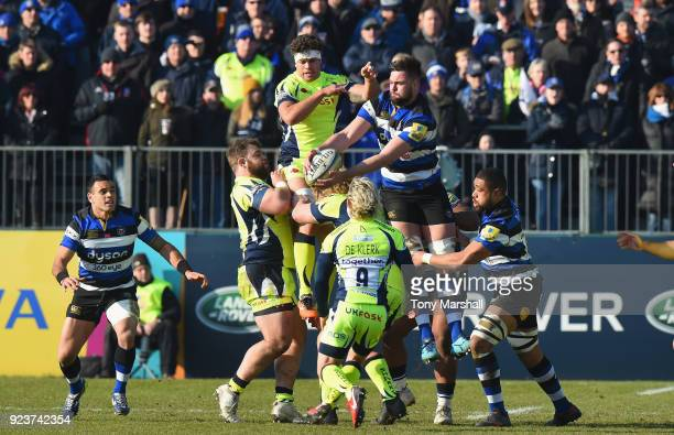 Elliott Stooke of Bath Rugby gathers the ball in the line out during the Aviva Premiership match between Bath Rugby and Sale Sharks at Recreation...