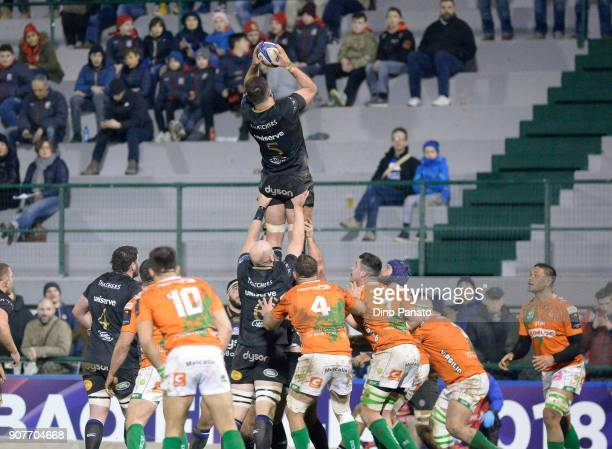 Elliott Stooke of Bath Rugby vins a line out during the European Rugby Champions Cup match between Benetton Rugby and Bath Rugby at Stadio Comunale...