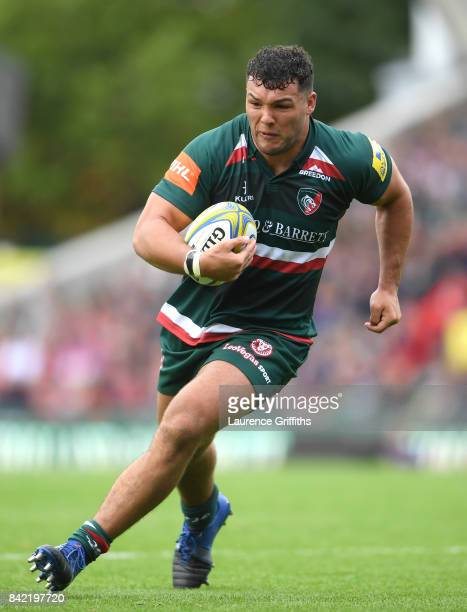 Ellis Genge of Leicester Tigers in action during the Aviva Premiership match between Leicester Tigers and Bath Rugby at Welford Road on September 3...