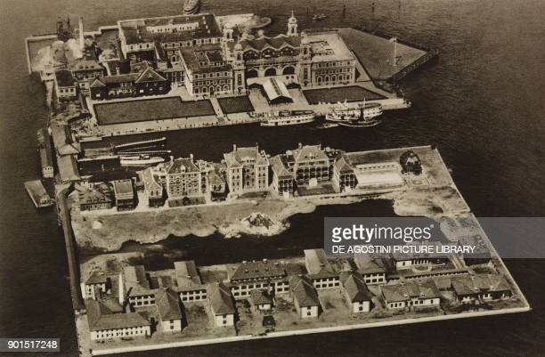 Ellis Island, which, from 1892 to 1954, was the main entry point for immigrants disembarking in New York, United States, photo from L'illustrazione...