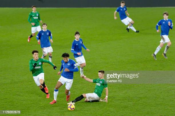 Ellis Simms of Everton on the ball during the FA Youth Cup match between Everton and Brighton Hove Albion at Goodison Park on February 12 2019 in...