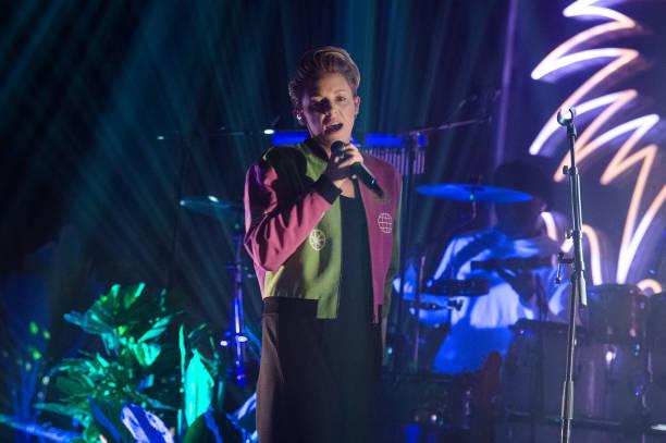 FRA: La Roux Performs At L'Elysee Montmartre In Paris