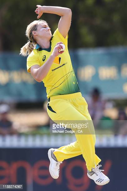 Ellyse Perry of Australia bowls during game three of the One Day International Series between Australia and New Zealand at Junction Oval on March 03...