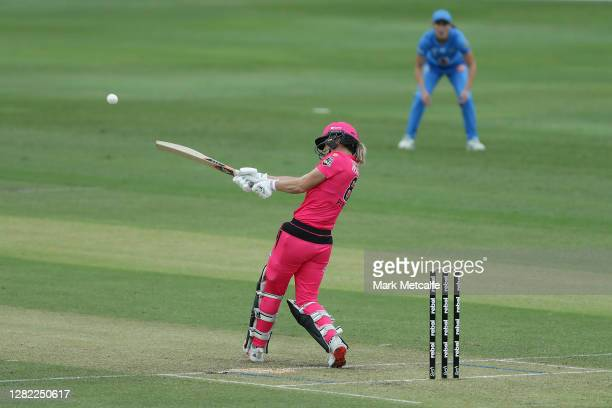 Ellyse Perry of the Sixers bats during the Women's Big Bash League WBBL match between the Sydney Sixers and the Adelaide Strikers at North Sydney...