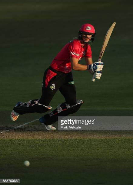 Ellyse Perry of the Sixers bats during the Women's Big Bash League WBBL match between the Sydney Sixers and the Melbourne Stars at North Sydney Oval...