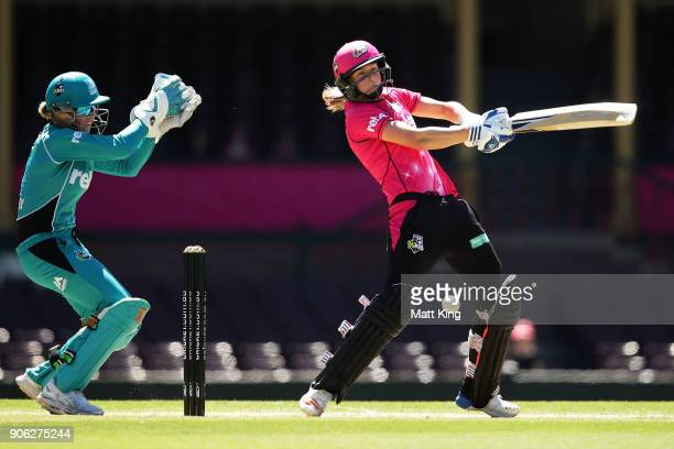 Ellyse Perry of the Sixers bats during the Women's Big Bash League match between the Sydney Sixers and the Brisbane Heat at Sydney Cricket Ground on...
