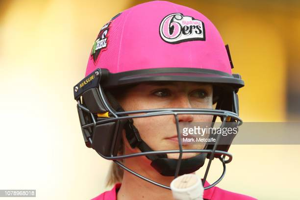 Ellyse Perry of the Sixers prepares to bat during the Women's Big Bash League match between the Sydney Sixers and the Sydney Thunder at North Sydney...