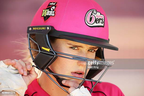 Ellyse Perry of the Sixers prepares to bat during the Women's Big Bash League match between the Sydney Sixers and the Brisbane Heat at North Sydney...