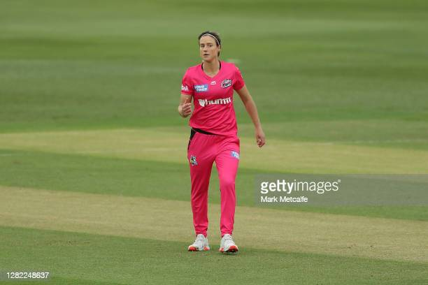 Ellyse Perry of the Sixers reacts during the Women's Big Bash League WBBL match between the Sydney Sixers and the Adelaide Strikers at North Sydney...