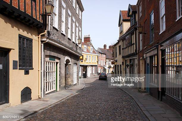 Elm Hill, Norwich, Norfolk, 2010. Elm Hill is a cobbled lane containing buildings dating from the Tudor period.