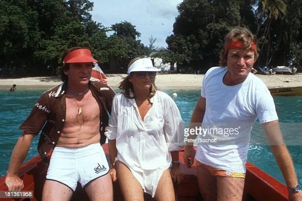 Elmar Wepper Bruder Fritz Wepper Freundin Prinzessin Angela von Hohenzollern Urlaub auf Barbados Bridgetown Barbados Karibik Boot Schiff Hafen 'Cap'...