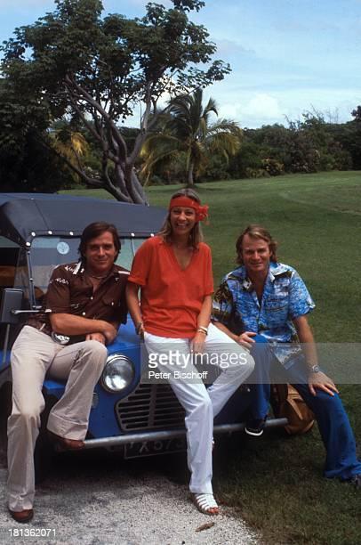 Elmar Wepper Bruder Fritz Wepper Freundin Prinzessin Angela von Hohenzollern Urlaub auf Barbados Barbados Karibik HawaiiHemd golfen Golfspielen...