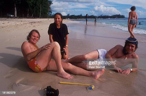 Elmar Wepper Bruder Fritz Wepper Freundin Prinzessin Angela von Hohenzollern Urlaub auf Barbados Barbados Karibik Meer Strand Schnorchel...