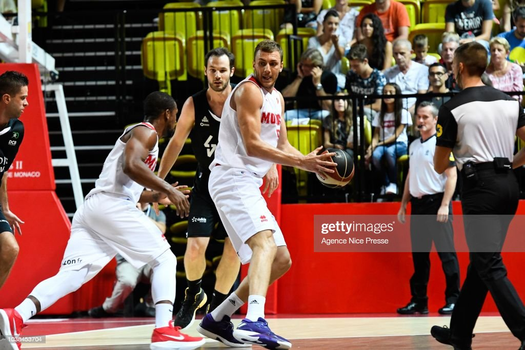 Monaco v LDLC ASVEL - Jeep Elite