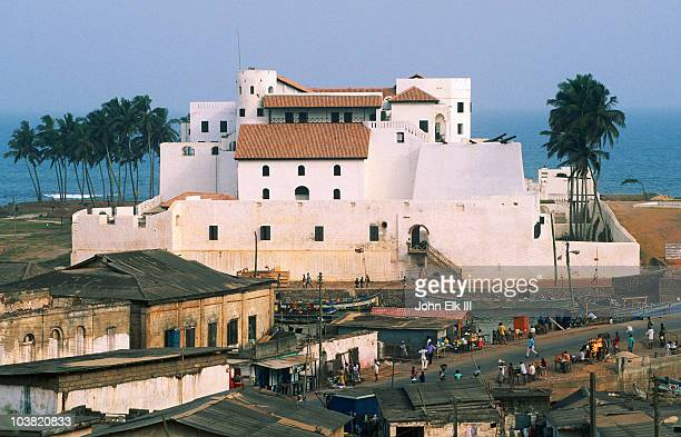 elmina castle, slave castle. - ghana stock pictures, royalty-free photos & images