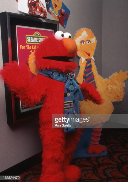 Elmo Saves Christmas.Elmo Attends The Premiere Of Elmo Saves Christmas On October