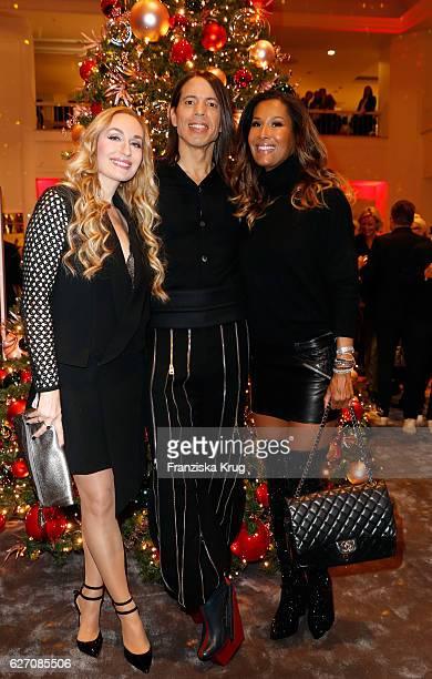 Elna Margret von Bentheim und Schweinfurt Jorge Gonzalez and Marie Amière attend the GALA Christmas Shopping Night 2016 at Alsterhaus on December 1...