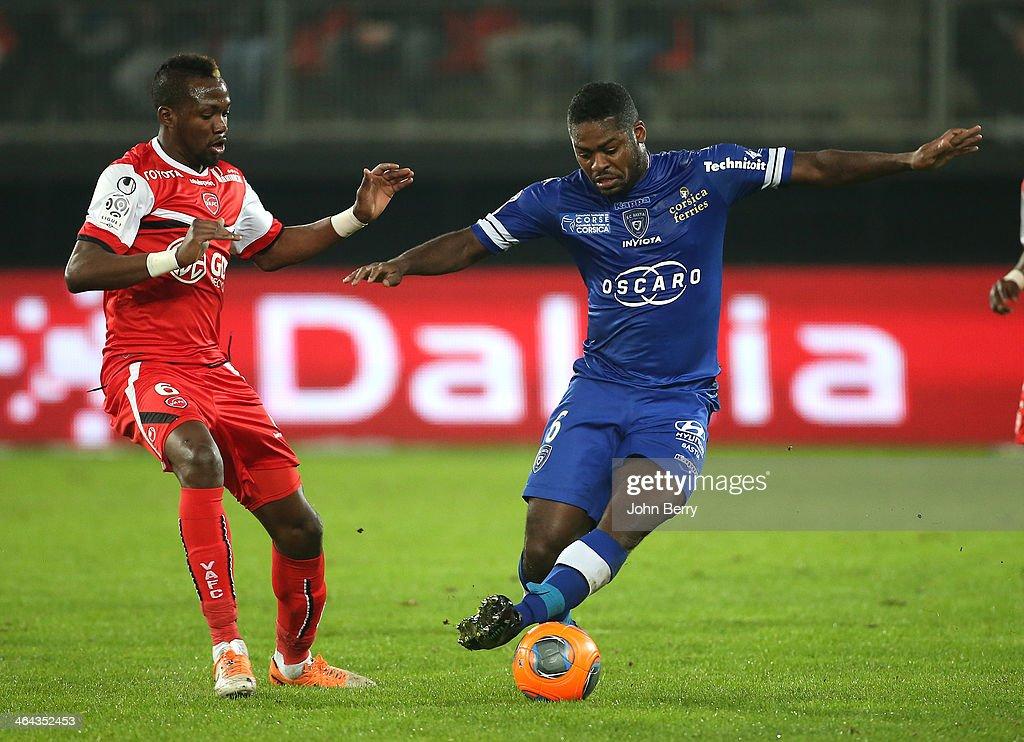 Valenciennes FC v SC Bastia - Ligue 1