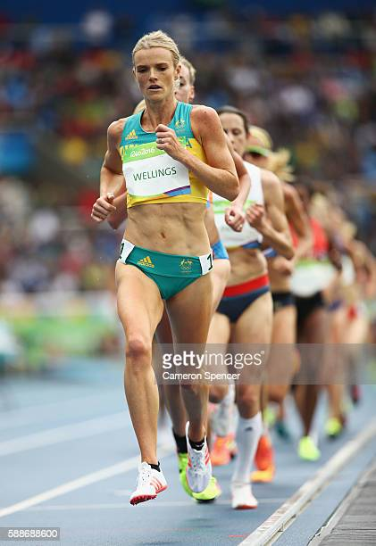 Eloise Wellings of Australia competes in the Women's 10000 metres final on Day 7 of the Rio 2016 Olympic Games at the Olympic Stadium on August 12...