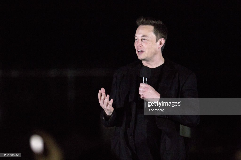 SpaceX CEO Elon Musk Holds Starship Launch Vehicle Update Event : ニュース写真