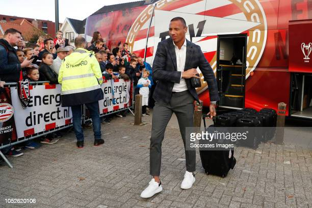 Eloy Room of PSV arrives with the players bus during the Dutch Eredivisie match between PSV v FC Emmen at the Philips Stadium on October 20 2018 in...