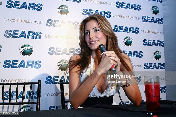 Elsa Benitez during Sears Fashion Fest Spring/Summer 2007 Press Conference with Elsa Benitez at Jardin Versal Ciudad de Mexico in Mexico City Mexico...
