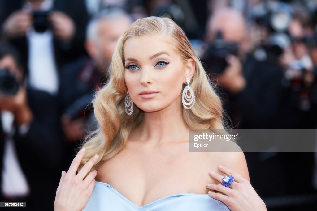 """The Beguiled"" Red Carpet Arrivals - The 70th Annual Cannes Film Festival : Fotografía de noticias"