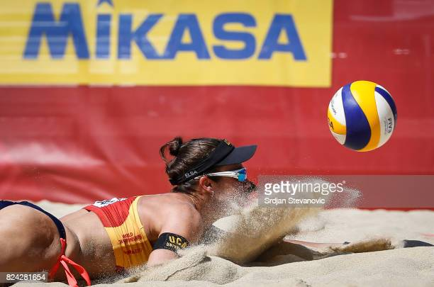 Elsa McMillan of Spain tries to save the ball during the Women's Pool B Main draw match between Spain and Cuba on July 29 2017 in Vienna Austria