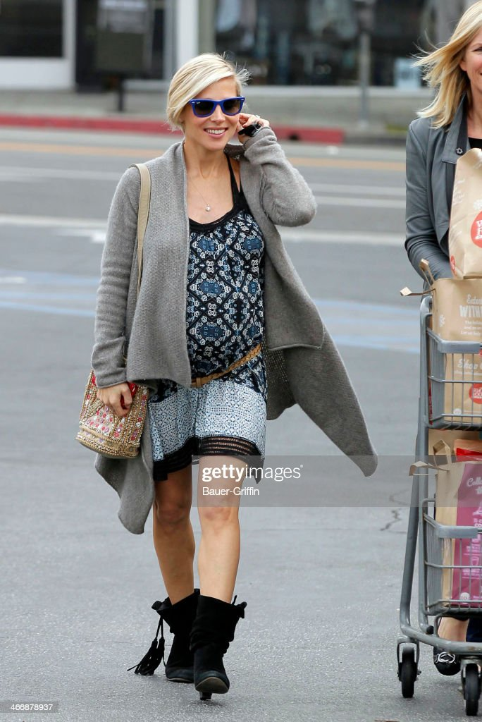 Elsa Pataky is seen at Whole Foods Market on February 04, 2014 in Los Angeles, California.