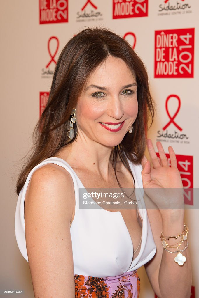 Elsa Zylberstein attends the Sidaction Gala Dinner at Pavillon d'Armenonville, in Paris.