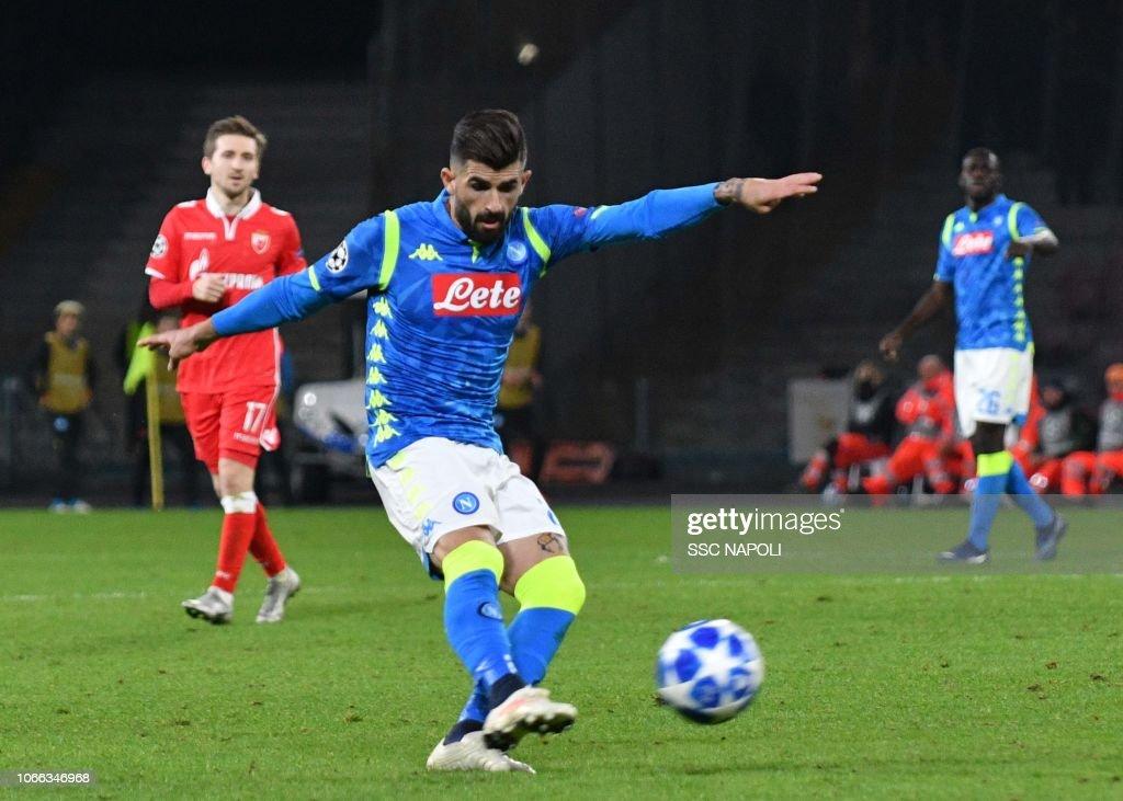 SSC Napoli v Red Star Belgrade - UEFA Champions League Group C : News Photo